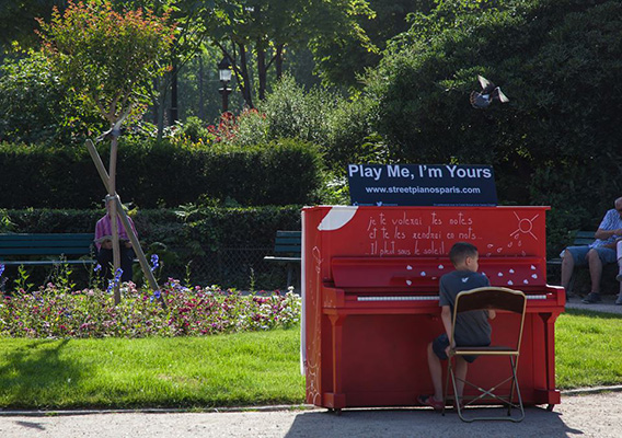 Play Me I'm Yours Paris - 21 juin 2014 - Jardin Marigny Champs Elysée - © photo Olivier Dexheimer